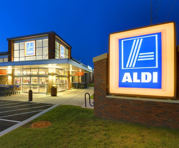 ALDI store front thumbnail