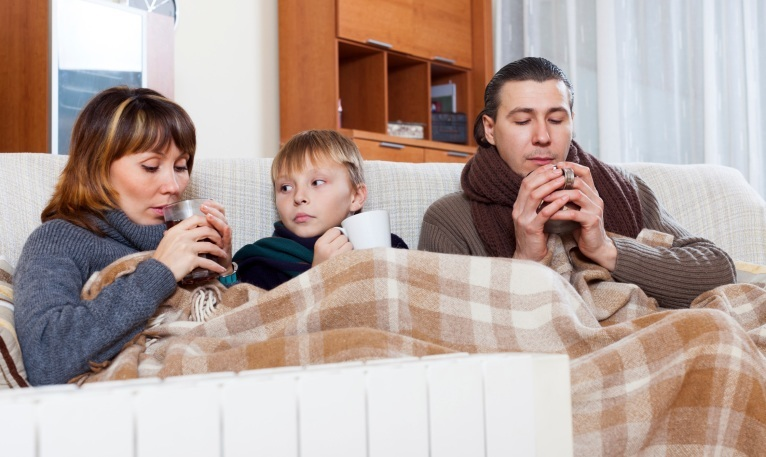 Aussie families brave the cold to avoid shock winter bills