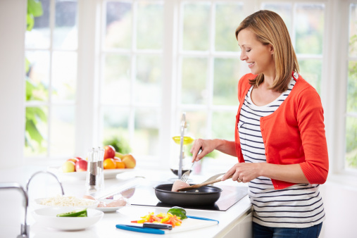 Cooking at home a great way to lose weight - Home cooking ...