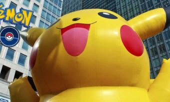 Giant inflatable pikachu - Pokemon Go (1)
