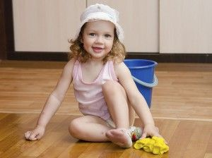 Child cleaning floor2