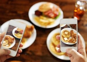 Phones used to take food photos
